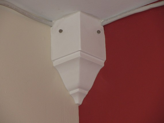how to install crown molding for entertainment center