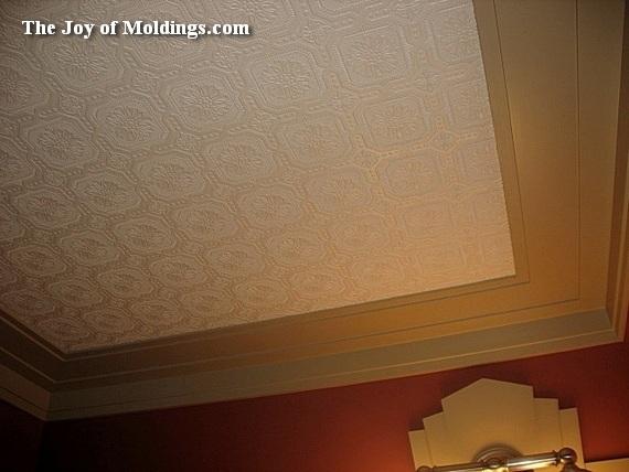 Rochester Hills, Michigan, crown molding installation