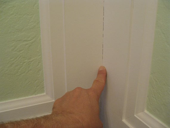 Quick Tip When To Use Spackling And When To Use Caulk On Moldings