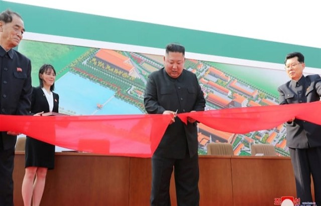 Kim Jong Un made his first public appearance in 20 days