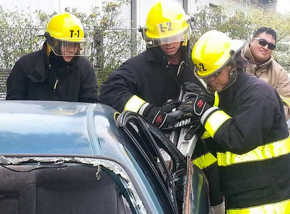 Students from the HonCC fire science program  got to practice an extrication from a car crash scene.