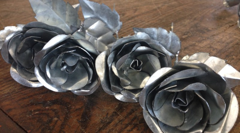 Get your valentine some beautiful metal roses.