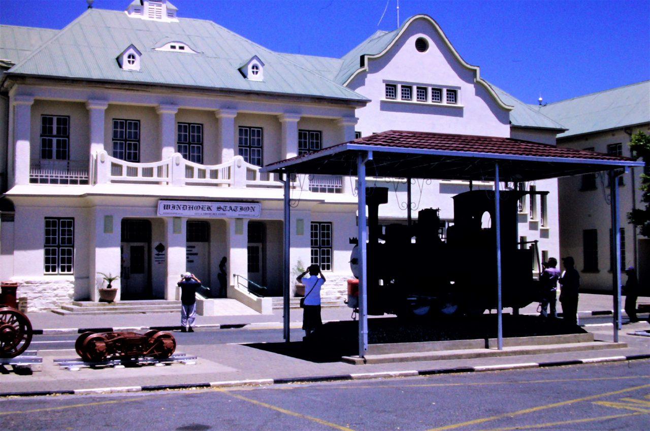Windhoek Bahnhof, mc/mcvth,kasaan media, 2020