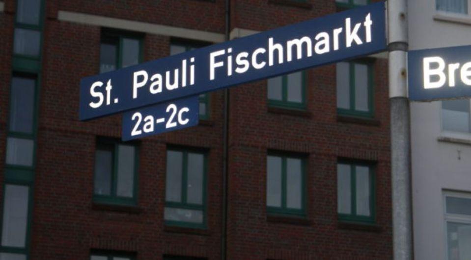 St Pauli, Fischmarkt, kasaan media, 2015