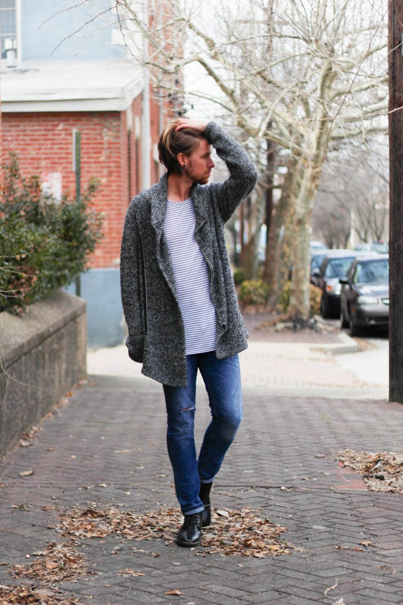 The Kentucky Gent in Copy Collection T-Shirt, H&M Sweater, Zara Jeans, Steve Madden Maniaa Boot