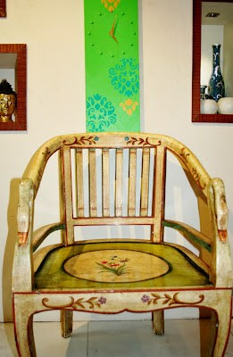 The Keybunch, painted arty chair by serenity