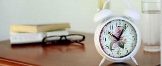 Spring-themed cushions and clocks from zansaar.com online shopping