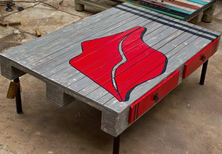 Lucky Lips As Monica Has Named This Piece Carries One Down Memory Lane In  The Music World. It Is Going Into A Teenage Girlu0027s Room. The Table Uses One  Pallet ...