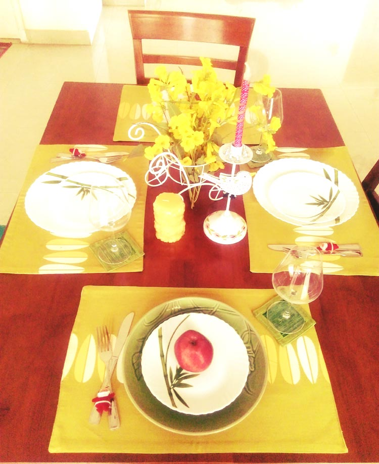 A yellow and lime green tablescape for Christmas