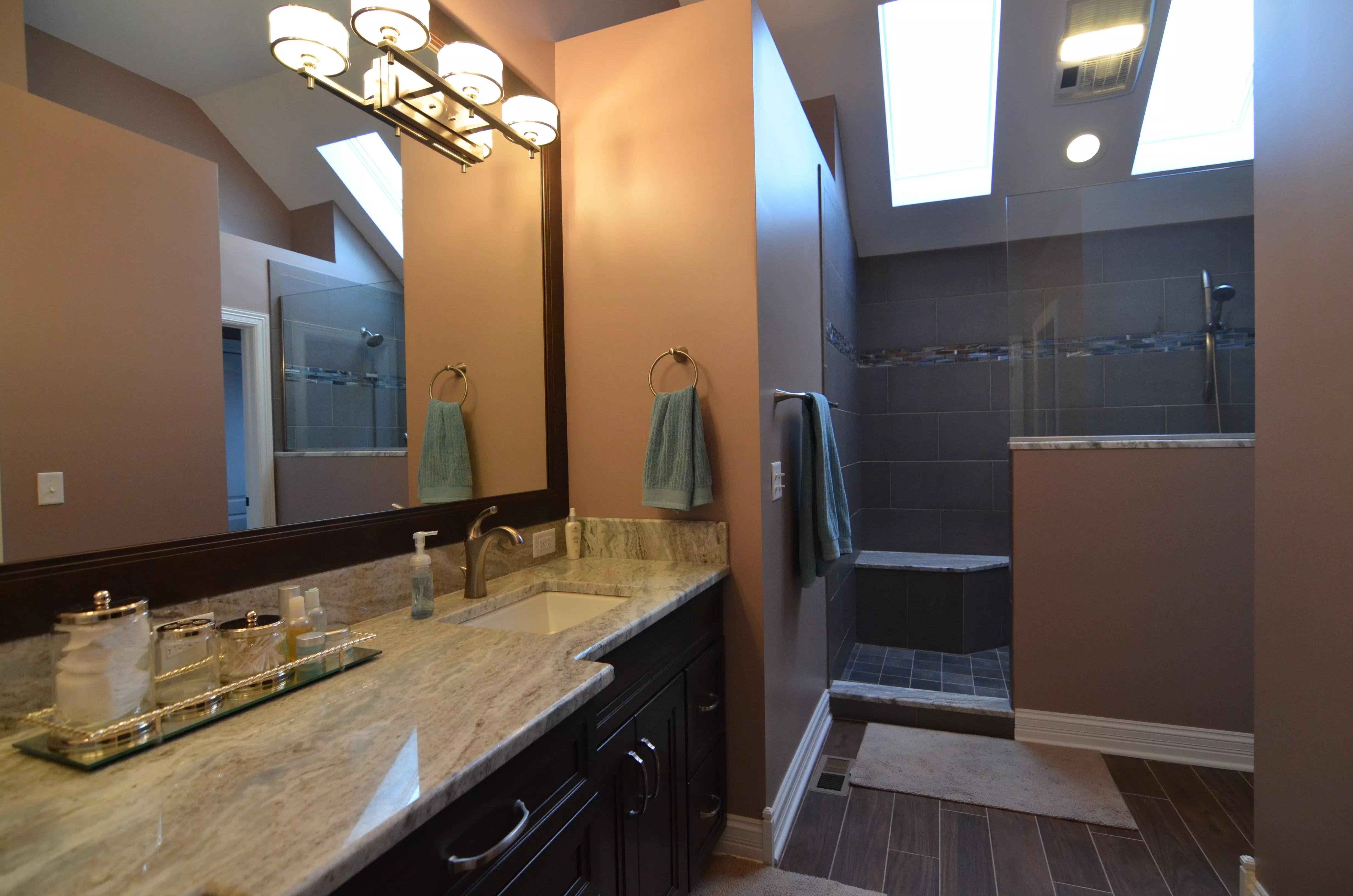 Transitional Amp Contemporary Master Bathroom Designs Photos