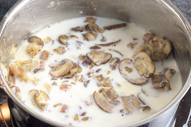Creamy Hunter Sauce (Jägersoße) | The Kitchen Maus