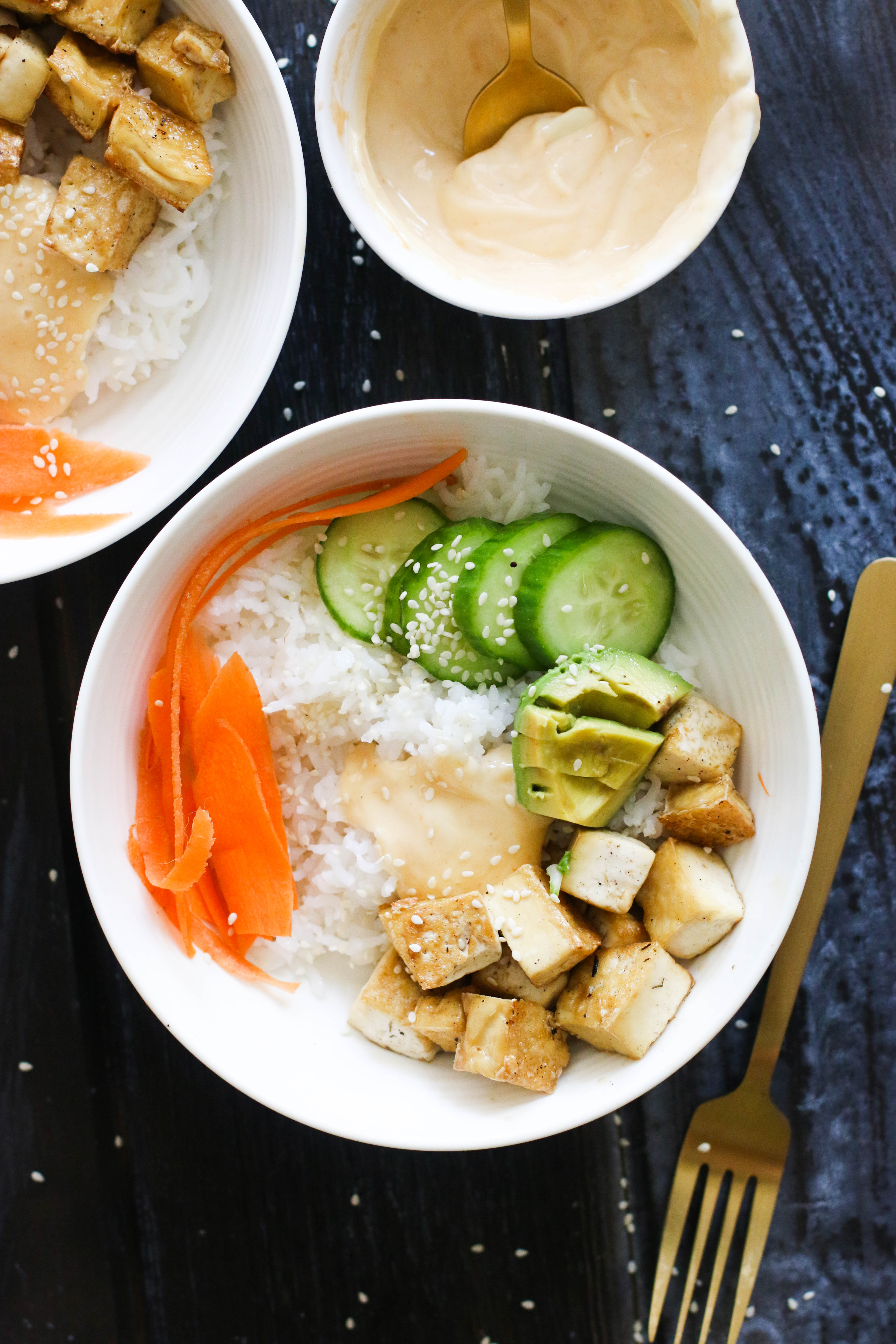 This tofu sushi bowl is vegan, gluten free, protein packed, and ready in under an hour! Made with minimal ingredients, it's the perfect vegetarian option to the beloved dish.