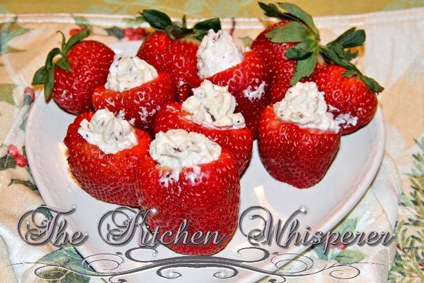 IrishCreamCheesecakeStuffedStrawberries2