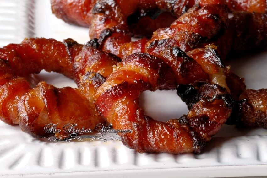 Baked Sriracha Glazed Bacon Wrapped Onion Rings5