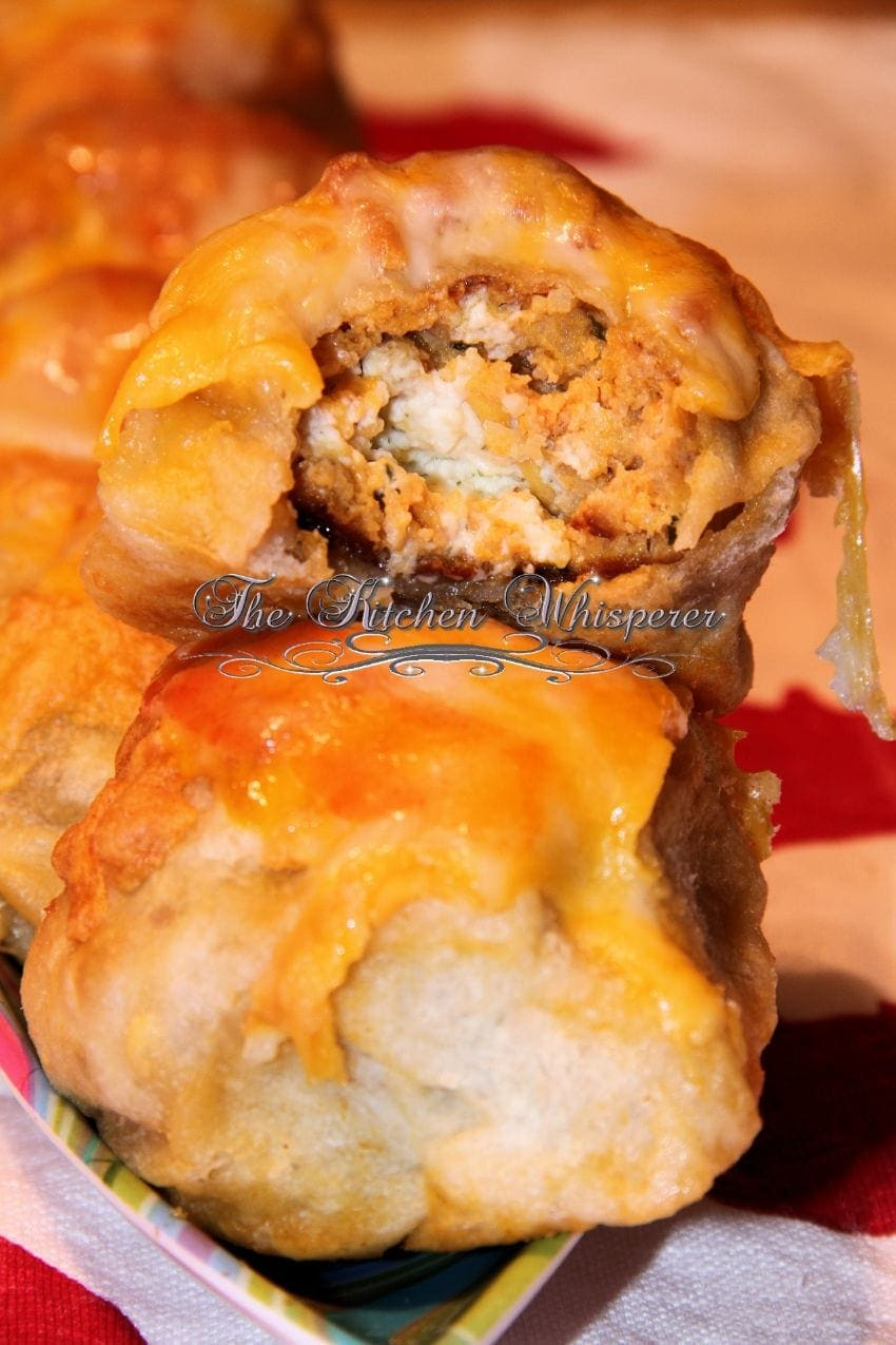 Cheesy Ranch Stuffed Buffalo Chicken Pizza Puffs6
