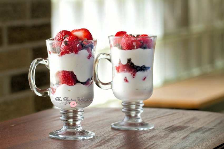 Cheesecake Fresh Berry Parfaits2
