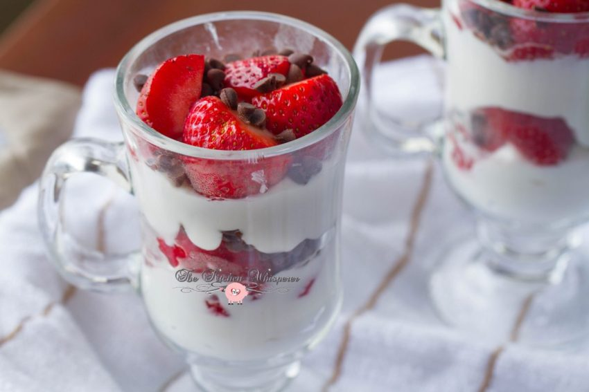 Cheesecake Fresh Berry Parfaits8