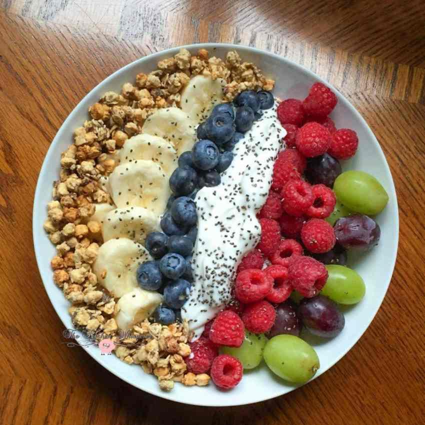 Berry Grape Power Yogurt Bowls4