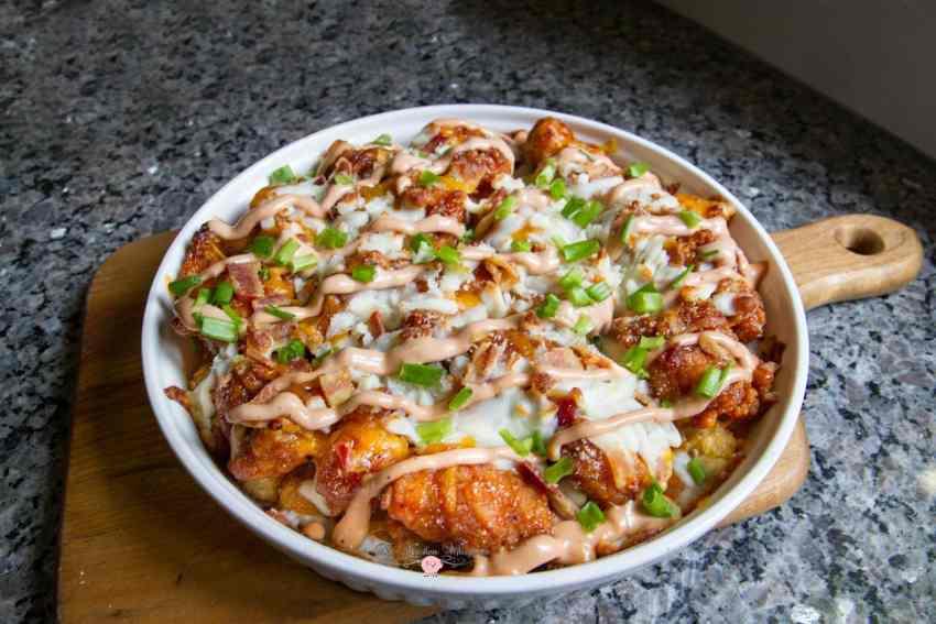 bbq-cracked-chicken-tot-cheeeesy-casserole4