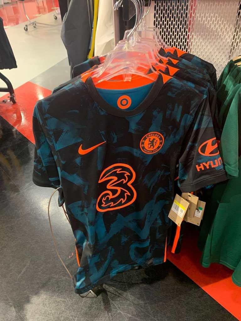 Nike 2021-22 Chelsea Third Shirt