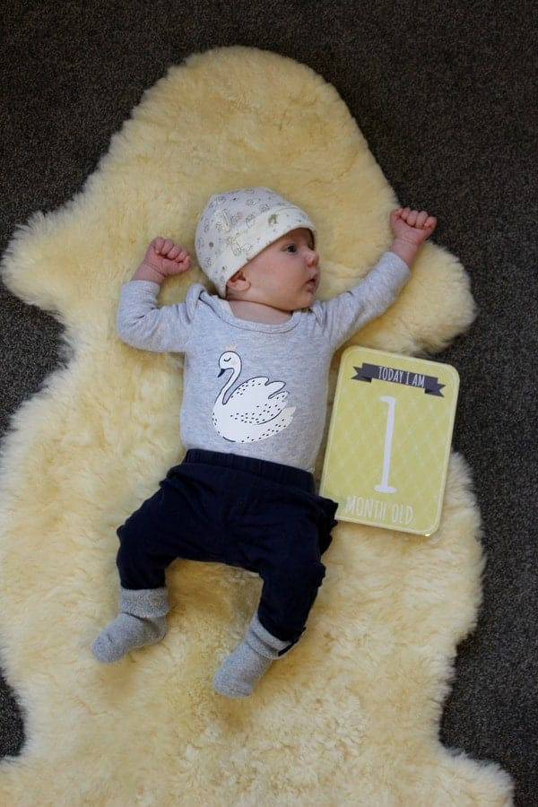 Sadie - 1 month. An update on our new baby girl and what life has been like for her first month   thekiwicountrygirl.com