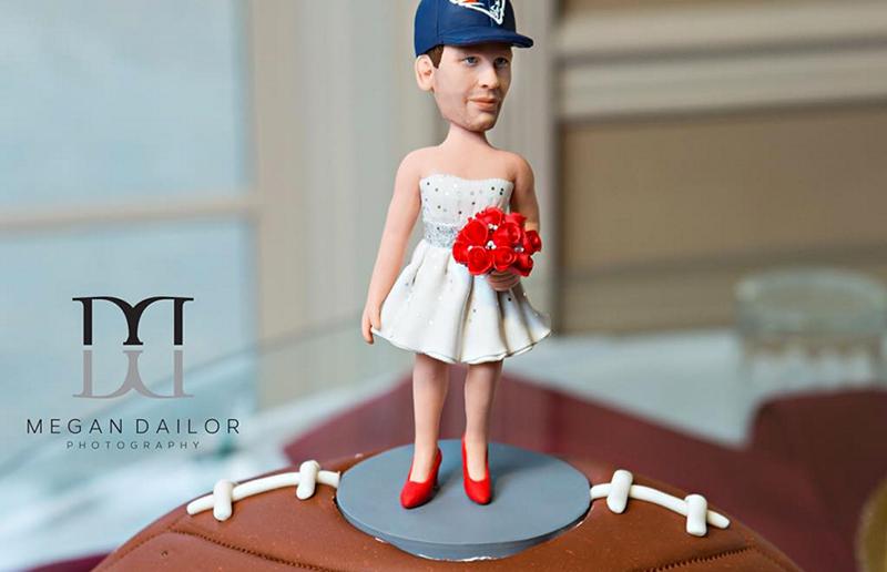 Brides Deflategate Grooms Cake Has Tom Brady In Dress