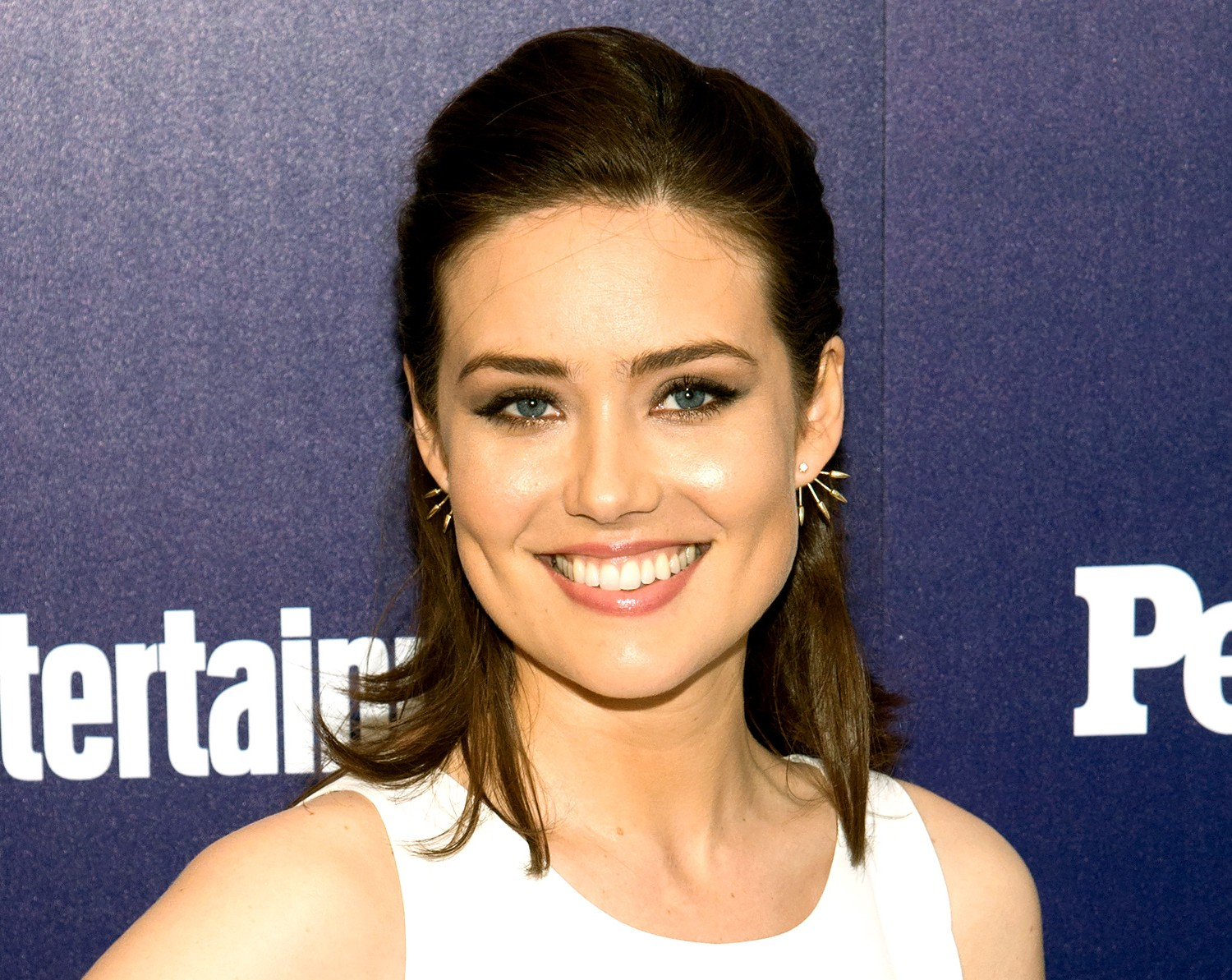 Blacklists Megan Boone Announces Engagement Babys Sex