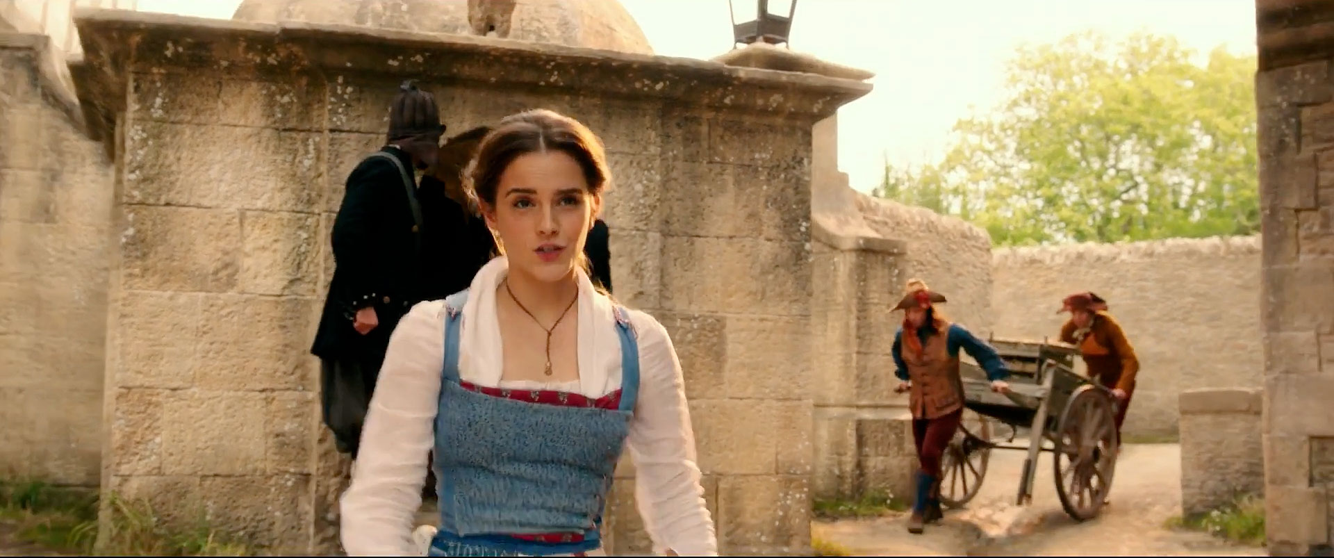 Emma Watson Performs Belle In Beauty And The Beast