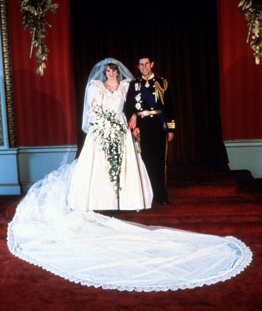 Princess Diana's Wedding Dress Designer Reveals New Gown Facts