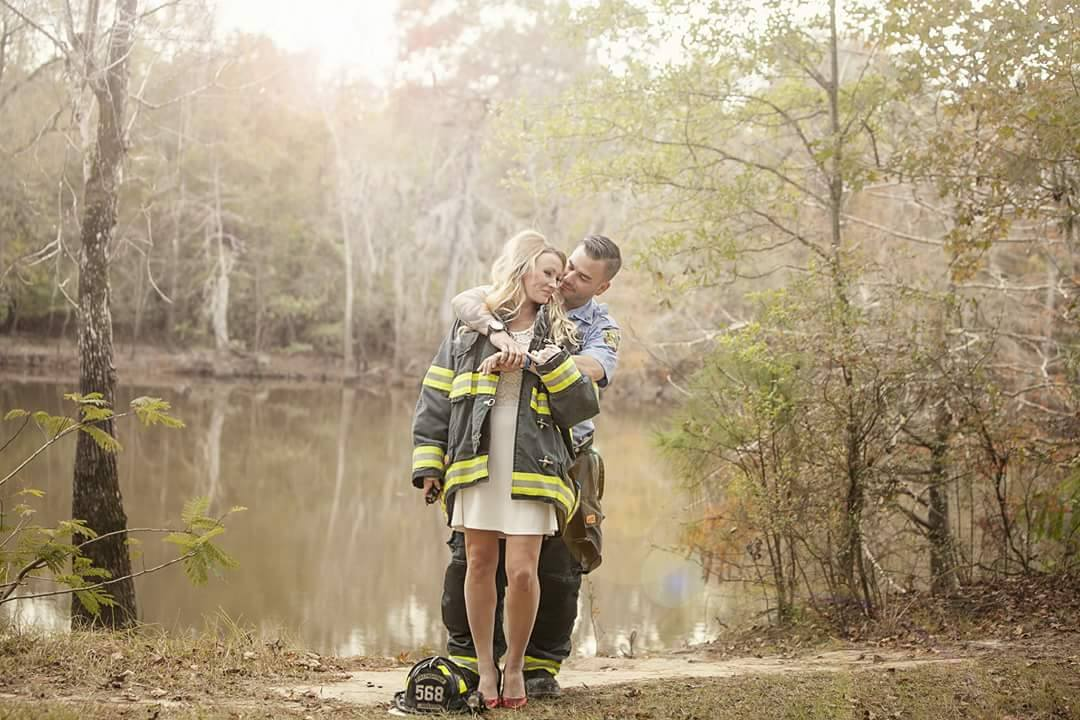 Firefighter Finds Fianc 233 E S Wedding Dress After Hurricane