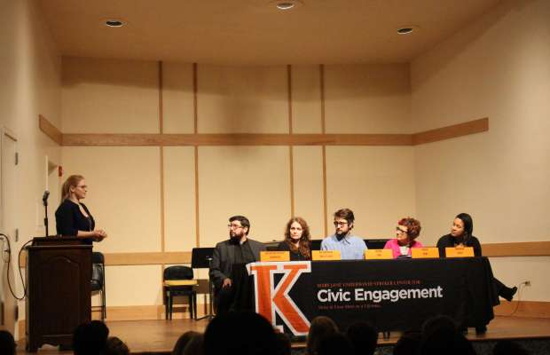 Cecilia Reynolds '19 addresses panelists at the Pro Voice Monologues [Ayla Hull / The Index].