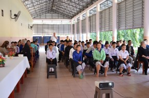 Nearly 160 secondary pupils (grade 4) attend the LGTC info session in Ban Phang Heng (February 2016)