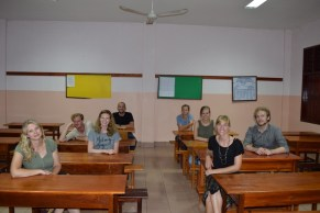 AfC volunteers of Team III in the secondary school (from l. to r.): Silja, Thorsten, Anika, David, Sara, Kerstin, Pauline, Johannes (project leader)