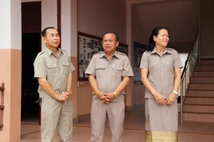 The three directors of the secondary school, Mr Khampheng Bounthalavong, Mr Soukan Keosiththivong, and Ms Khanfeuan Luangxai