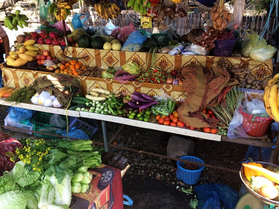 Our favorite market stand close to our bungalow