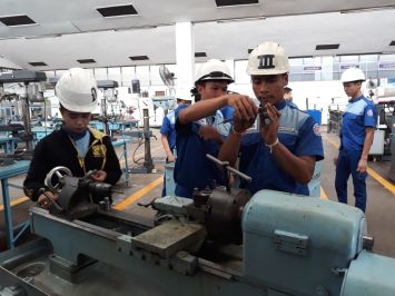 Milling training in the general mechanic section