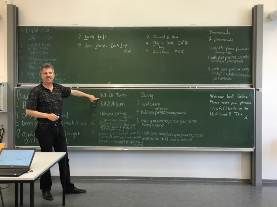 """Andreas explains how music is """"phrased"""" and when to start calling in a unit of 8."""