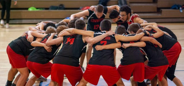Boys' volleyball: Dives, digs and dubs