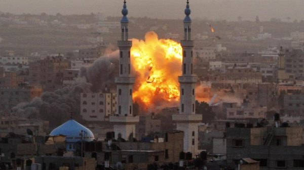 Israel Bombed Gaza After Failed Raid, US Evacuates ISIS, Congress Aims To Ignore Yemen & Iran Psyop