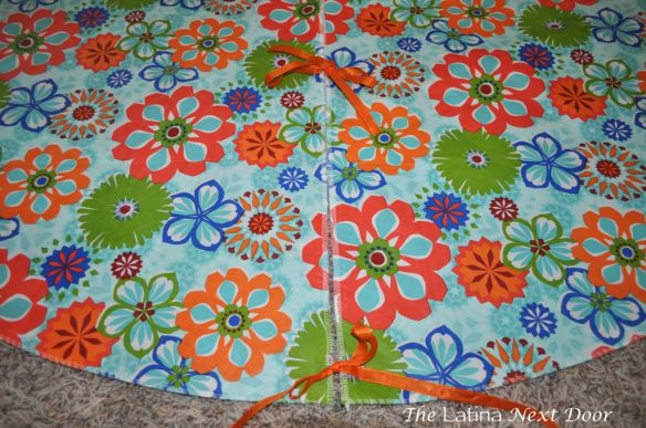 Tablecloth 11 1024x680 Custom Tablecloth for the Pool