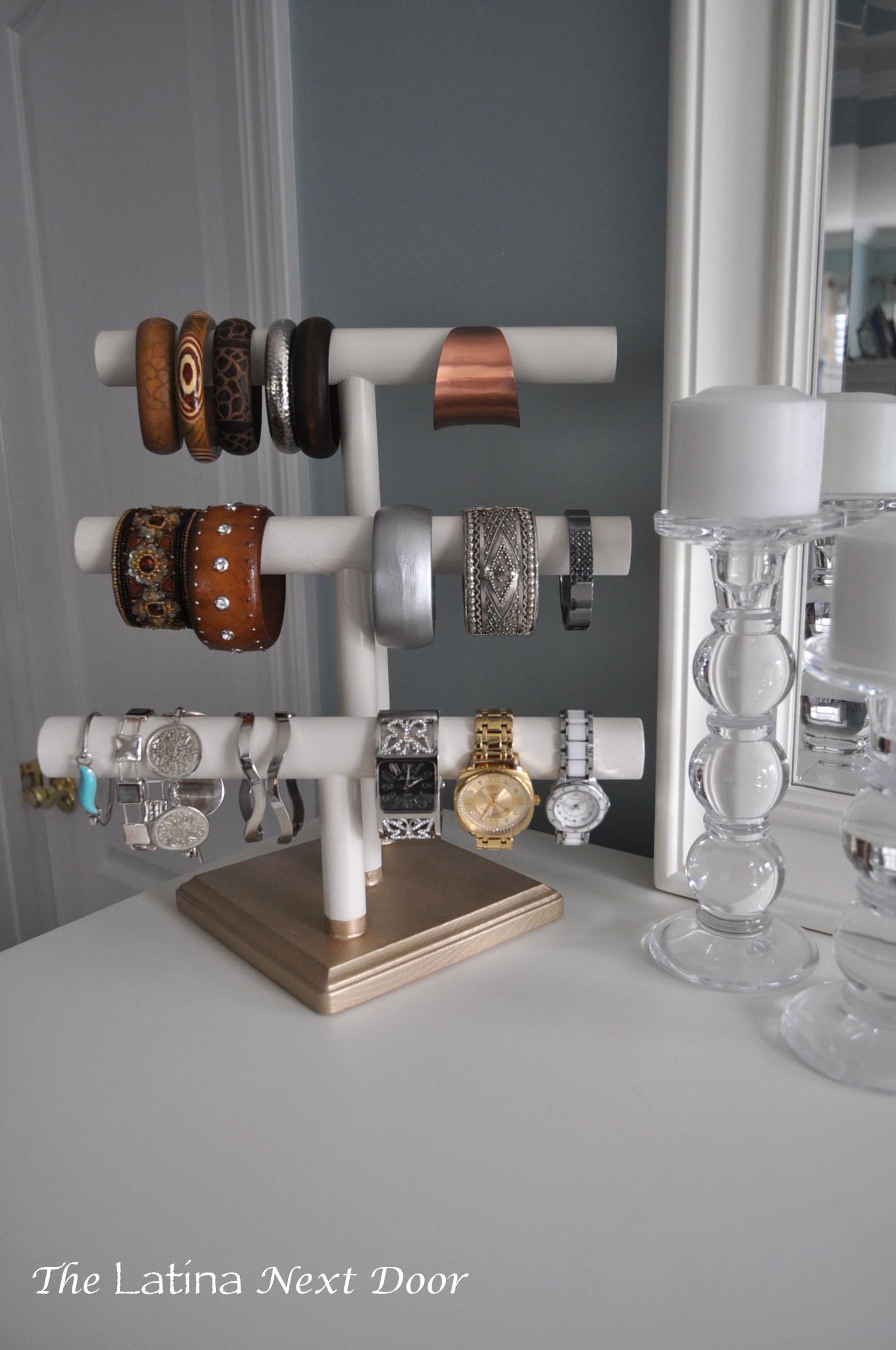DIY Jewelry Holder - The Latina Next Door