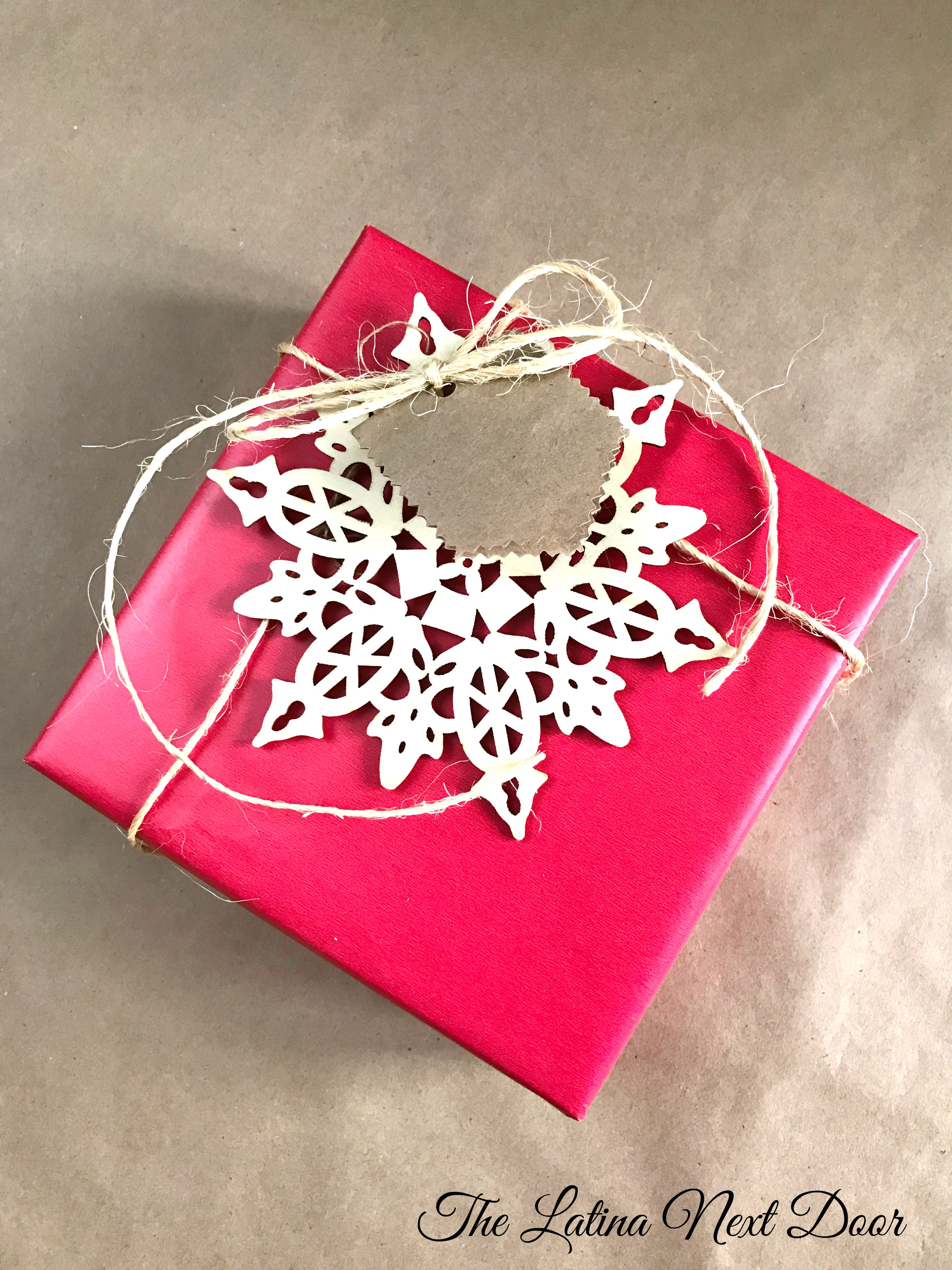 3 Gift Wrap Ideas 768x1024 3 Gift Wrapping Ideas for Christmas & 3 Gift Wrapping Ideas for Christmas - The Latina Next Door