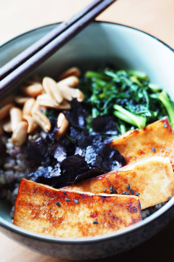 Vegan Teriyaki Tofu Rice Bowl