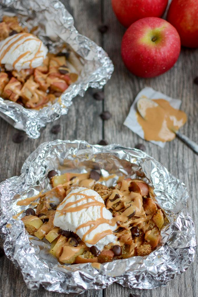Baked Apple Packets - an easy fall dessert recipe