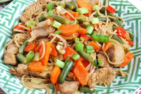 Craving Chinese? Skip the takeout and make this Pork Lo Mein instead!