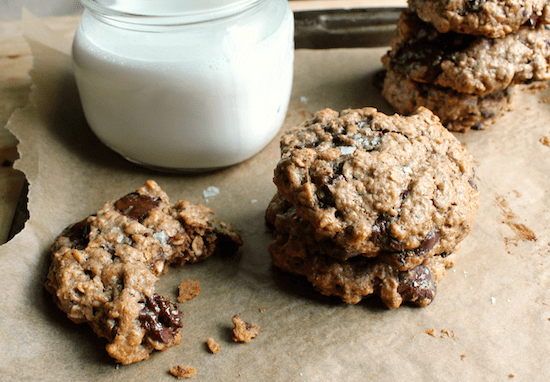 Dark Chocolate Almond Oatmeal Cookies