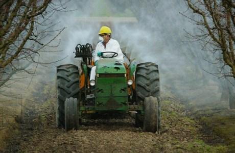 pesticide_mow_735_350