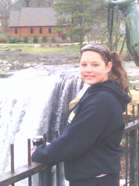 Makayla-at-falls-460