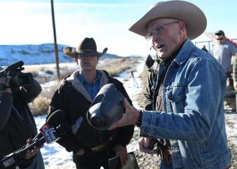 lavoy-finicum-shows-the-media-a-camera-taken-from-a-box.jpg.CROP.promo-xlarge2