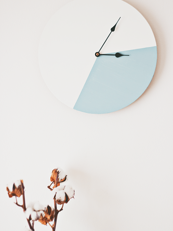 DIY colour block clock